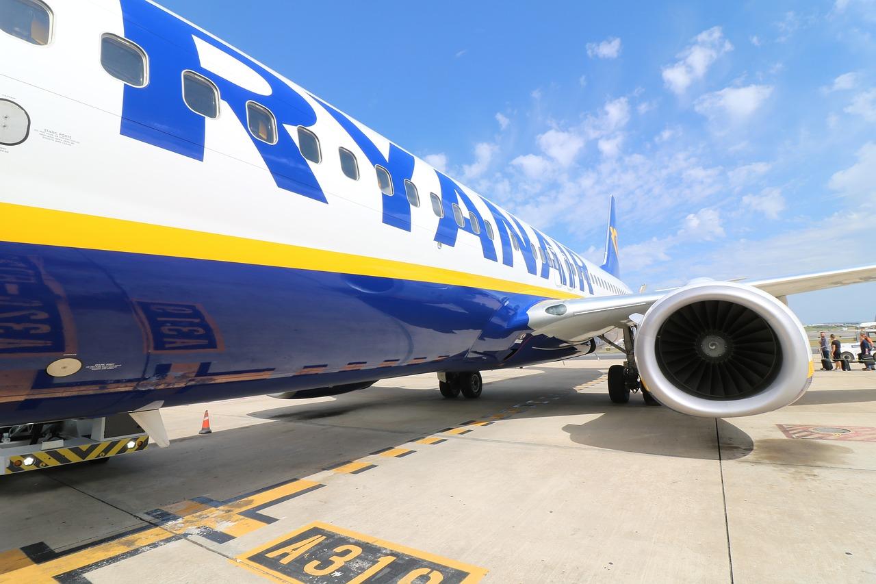 Irské aerolince Ryanair vlivem stávek klesl zisk