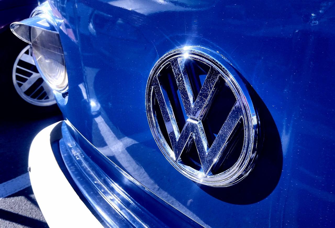 Volkswagen  investuje přes bilion korun do automobilů na elektřinu