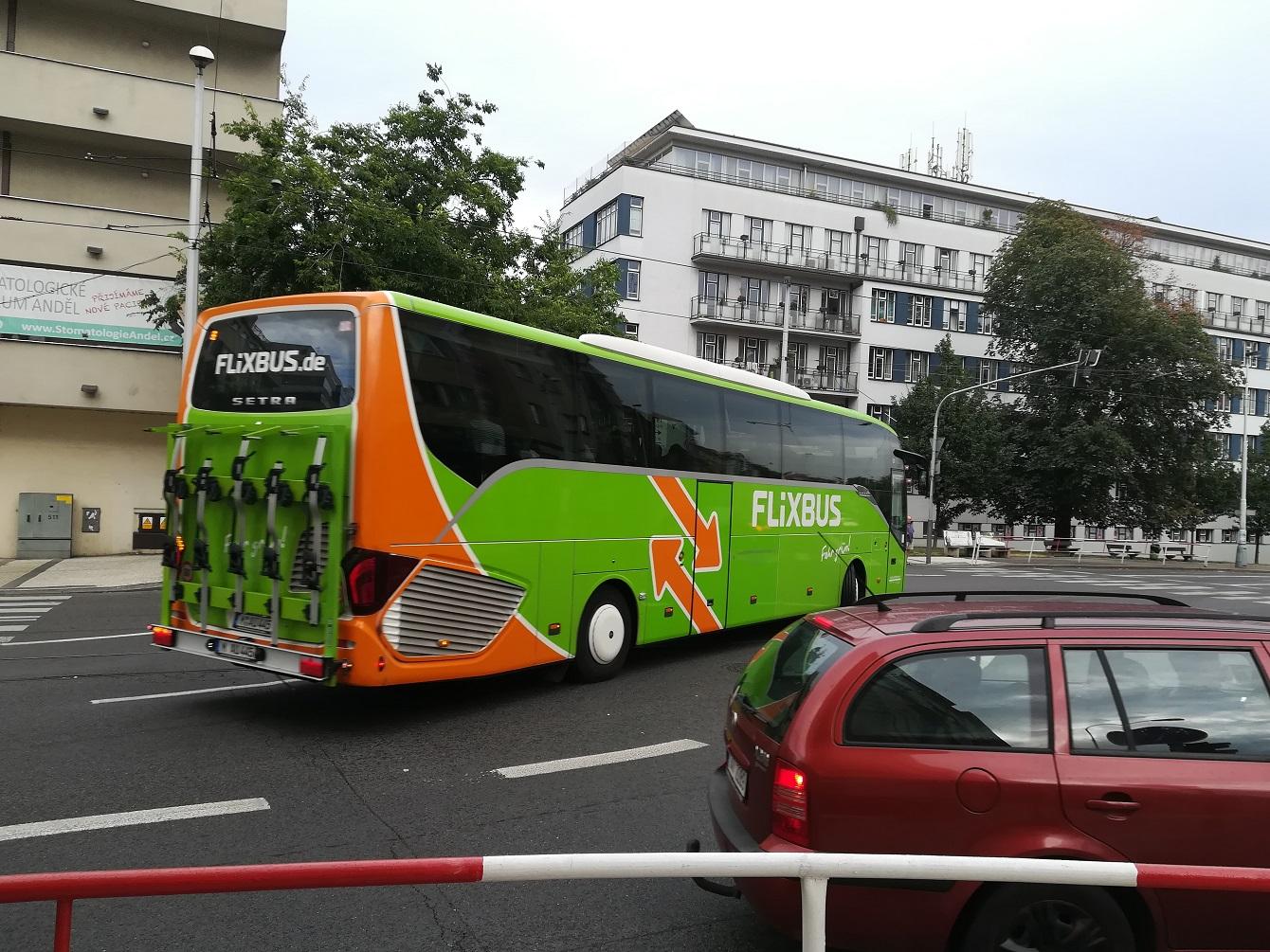 Autobusový dopravce FlixBus se chystá vstoupit na burzu, chce získat kapitál na další expanzi